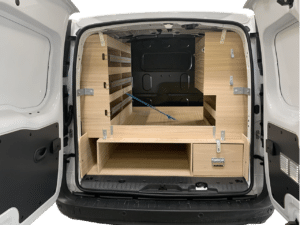 Aménagement utilitaire double plancher