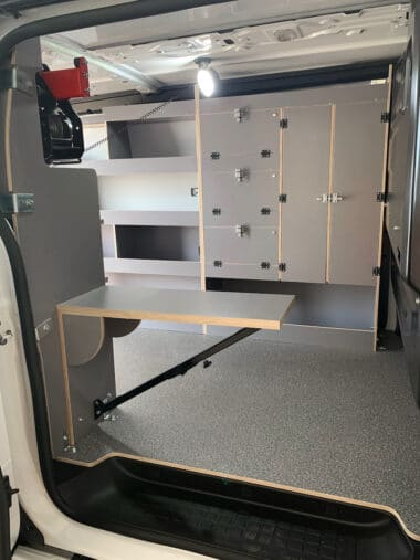 équipement Etabli véhicule utilitaire
