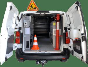 Aménagement véhicule contreplaqué maintenance
