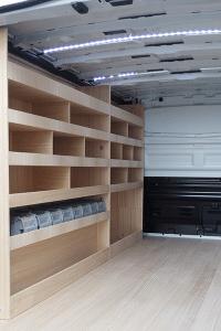 Aménagement utilitaire contreplaqué meuble rangement
