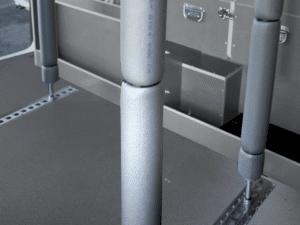 Barres télescopiques arrimage véhicule utilitaire